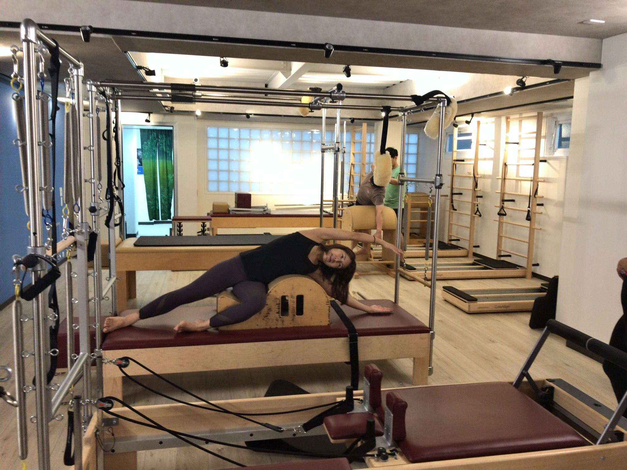 zen place pilates by basi Pilates下北沢リフォーマー専門スタジオの内観03